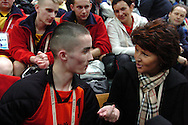 "n/z.: Pierwsza dama Jolanta Kwasniewska - Olimpiady Specjalne Igrzyska Zimowe podczas zawodow w hali "" White Ring "" w Nagano. Japonia , Nagano , 27-02-2005 , fot.: Adam Nurkiewicz / mediasport..First Lady Jolanta Kwasniewska - Special Olympics Winter Games during competitions at "" White Ring "" in Nagano. February 27, 2005 , Japan , Nagano ( Photo by Adam Nurkiewicz / mediasport )"