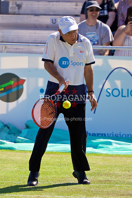 LIVERPOOL, ENGLAND - Saturday, June 17, 2017: A line judge wins a point for Robert Kendrick (USA) during Day Three of the Liverpool Hope University International Tennis Tournament 2017 at the Liverpool Cricket Club. (Pic by David Rawcliffe/Propaganda)
