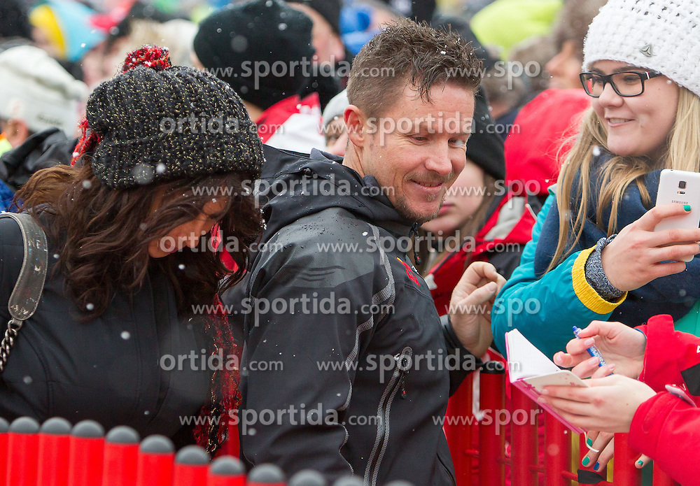 24.01.2015, Streif, Kitzbühel, AUT, FIS Weltcup Ski Alpin, Kitzbuehel, Kitz Charity Race, im Bild Mihaela Radulescu (l.) und Felix Baumgartner // during Kitz Charity Race of Kitzbuehel FIS Ski Alpine World Cup at the Streif in Kitzbühel, Austria on 2015/01/24. EXPA Pictures © 2015, PhotoCredit: EXPA/ JFK