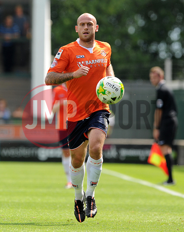 Scott Cuthbert of Luton Town - Photo mandatory by-line: Harry Trump/JMP - Mobile: 07966 386802 - 22/08/15 - SPORT - FOOTBALL - Sky Bet League Two - Yeovil Town v Luton Town - Huish Park, Yeovil, England.