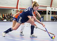 HEEMSKERK- Zaalhockey - Bloemendaal-Pinoke .   Frederique Malefason. Copyright Koen Suyk