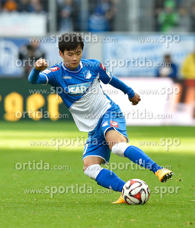 28.02.2015, Rhein Neckar Arena, Sinsheim, GER, 1. FBL, TSG 1899 Hoffenheim vs 1. FSV Mainz 05, 23. Runde, im Bild Jin-Su Kim TSG 1899 Hoffenheim am Ball Freisteller, Einzelbild, Aktion // during the German Bundesliga 23rd round match between TSG 1899 Hoffenheim and 1. FSV Mainz 05 at the Rhein Neckar Arena in Sinsheim, Germany on 2015/02/28. EXPA Pictures &copy; 2015, PhotoCredit: EXPA/ Eibner-Pressefoto/ Weber<br /> <br /> *****ATTENTION - OUT of GER*****