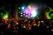 Belo Horizonte 12.11.06..Revista Bizz..Show da banda americana Black Eyed Peas no 2o dia do PopRockBrasil no Mineirao...Foto: Leo Drumond / Agencia Nitro