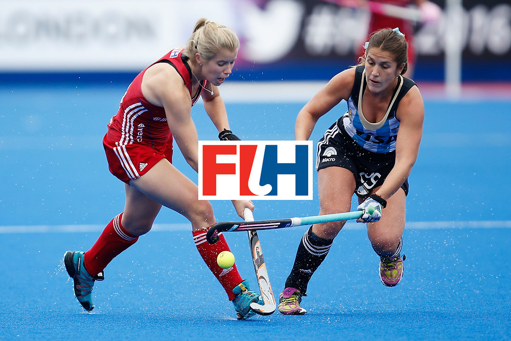 LONDON, ENGLAND - JUNE 18:  Sophie Bray of Great Britain and Julia Gomes of Argentina fight for the ball during the FIH Women's Hockey Champions Trophy 2016 match between Great Britain and Argentina at Queen Elizabeth Olympic Park on June 18, 2016 in London, England.  (Photo by Joel Ford/Getty Images)