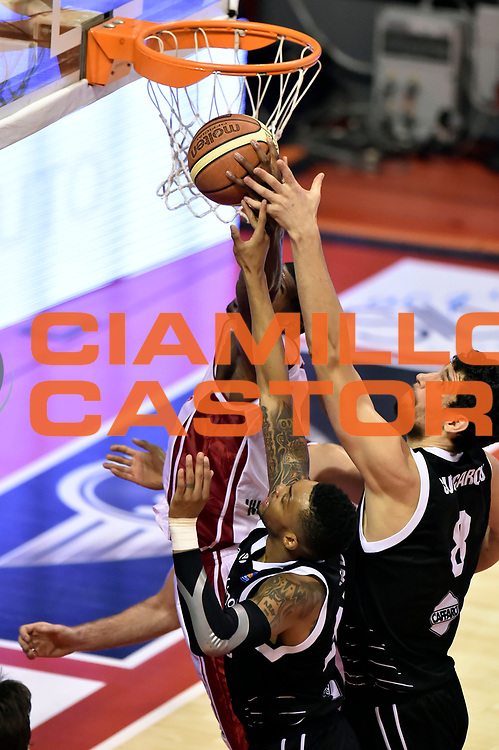 DESCRIZIONE : Pistoia Lega A 2014-2015 Giorgio Tesi Group Pistoia Granarolo Bologna<br /> GIOCATORE : Linton Johnson<br /> CATEGORIA : rimbalzo<br /> SQUADRA : Giorgio Tesi Group Pistoia<br /> EVENTO : Campionato Lega A 2014-2015<br /> GARA : Giorgio Tesi Group Pistoia Granarolo Bologna<br /> DATA : 09/11/2014<br /> SPORT : Pallacanestro<br /> AUTORE : Agenzia Ciamillo-Castoria/GiulioCiamillo<br /> GALLERIA : Lega Basket A 2014-2015<br /> FOTONOTIZIA : Pistoia Lega A 2014-2015 Giorgio Tesi Group Pistoia Granarolo Bologna<br /> PREDEFINITA :