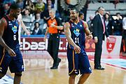 DESCRIZIONE : Varese Lega A 2013-14 Cimberio Varese Acea Virtus Roma<br /> GIOCATORE : Bobby Jones Jordan Taylor<br /> CATEGORIA : Ritratto Esultanza Curiosita<br /> SQUADRA : Acea Virtus Roma<br /> EVENTO : Campionato Lega A 2013-2014<br /> GARA : Cimberio Varese Acea Virtus Roma<br /> DATA : 12/01/2014<br /> SPORT : Pallacanestro <br /> AUTORE : Agenzia Ciamillo-Castoria/G.Cottini<br /> Galleria : Lega Basket A 2013-2014  <br /> Fotonotizia : Varese Lega A 2013-14 Cimberio Varese Acea Virtus Roma<br /> Predefinita :