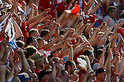ALVEIRA  PORTUGAL 15/06/04  (2-1) CZECH REPUBLIC V LATVIA EURO 2004.CZECH FANS CELEBRATE.