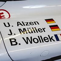#25 Porsche GT1/98, drivers:  U. Alzen, J. Müller, B. Wollek, Le Mans 24H 1998