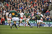 Twickenham, GREAT BRITAIN, SA's, Victor MATFIELD , looks for support,, during the Investec Challenge Series, England vs South Africa  [RSA], Autumn Rugby International at Twickenham Stadium, Surrey on Sat 22.11.2008 [Photo, Peter Spurrier/Intersport-images]