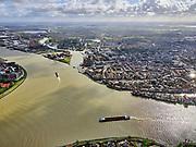 Nederland, Zuid-Holland, Dordrecht, 25-02-2020; samenstroming van de rivieren Oude Maas, de Noord en Beneden Merwede. Wantij en binnenstad van Dordrecht.<br /> Confluence of the rivers Oude Maas, Noord and Beneden Merwede. Historical city centre Dordrecht.<br /> <br /> luchtfoto (toeslag op standard tarieven);<br /> aerial photo (additional fee required)<br /> copyright © 2020 foto/photo Siebe Swart