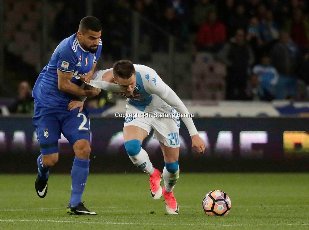Napoli 2 Aprile 2017<br /> Campionato di calcio di serie A 2016/2017 : Napoli Juventus<br /> Ph: Stefano Renna<br /> nella foto : Tomas Rincon and Piotr Zielinski