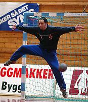 Håndball, Gildeserien herrer, Follo - Kristiansand 27-24.  Ole Christian Hapnes , Kristiansand
