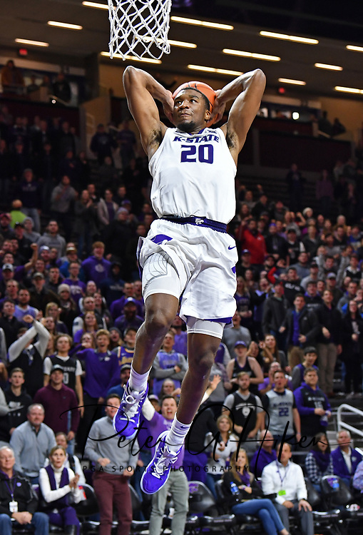 MANHATTAN, KS - NOVEMBER 12:  Xavier Sneed #20 of the Kansas State Wildcats drives to the basket for a dunk against the Denver Pioneers during the second half on November 12, 2018 at Bramlage Coliseum in Manhattan, Kansas.  (Photo by Peter G. Aiken/Getty Images) *** Local Caption *** Xavier Sneed