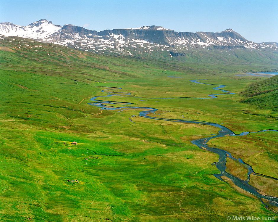 Úlfsstaðir séð til austurs, Loðmundarfjörður, Borgarfjarðarhreppur. / Ulfsstadir viewing east, Lodmundarfjordur, Borgarfjardarhreppur.