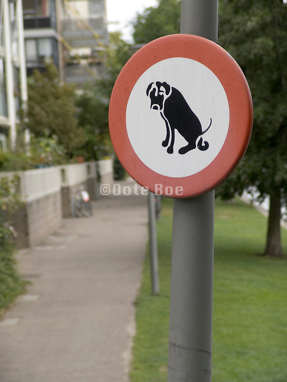 Dog pooping restriction sign Netherlands