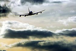 Heathrow Airport, aircraft taking off, October 2005, Ref CHE02578d, DP NMR