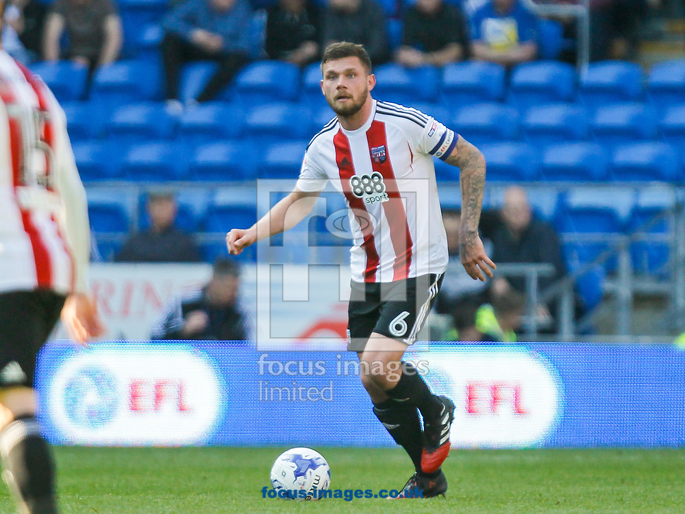 Harlee Dean of Brentford during the Sky Bet Championship match between Cardiff City and Brentford at the Cardiff City Stadium, Cardiff<br /> Picture by Mark D Fuller/Focus Images Ltd +44 7774 216216<br /> 08/04/2017