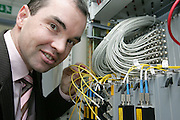 Mannheim. Server und High-Tech Glasfaser betriebene Servereinheiten. Die MAnet GmbH der MVV Energie AG bietet Großkunden glasfasergestützte Netzwerke<br /> Bereit für den Mannheim Marathon. Die Servereinheiten wurden für mehr Traffic aufgerüstet.<br /> Geschäftsführer der MVV MAnet GmbH Patrick Müller<br /> Bild: Markus Proßwitz<br /> ++++ Archivbilder und weitere Motive finden Sie auch in unserem OnlineArchiv. www.masterpress.org ++++