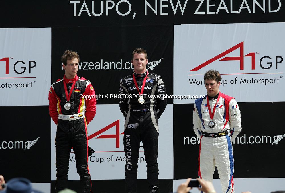 (L-R) Christian Vietoris (GER) 2nd place, Jonny Reid (NZ) 1st place and Loic Duval (FRA) 3rd. A1 GP sprint race, Taupo, New Zealand, Sunday 20 January 2008. Photo: Renee McKay/PHOTOSPORT