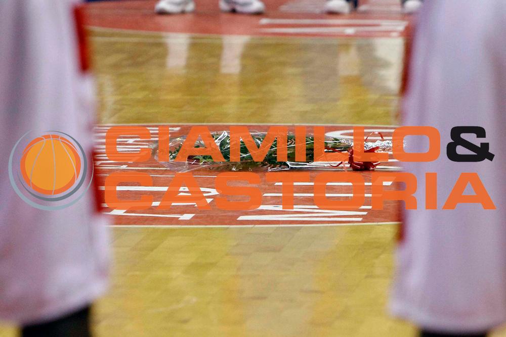 DESCRIZIONE : Milano Lega A1 2007-08 Armani Jeans Milano Air Avellino <br /> GIOCATORE : Lutto <br /> SQUADRA : Armani Jeans Milano <br /> EVENTO : Campionato Lega A1 2007-2008 <br /> GARA : Armani Jeans Milano Air Avellino <br /> DATA : 27/12/2007 <br /> CATEGORIA : <br /> SPORT : Pallacanestro <br /> AUTORE : Agenzia Ciamillo-Castoria/C.Scaccini