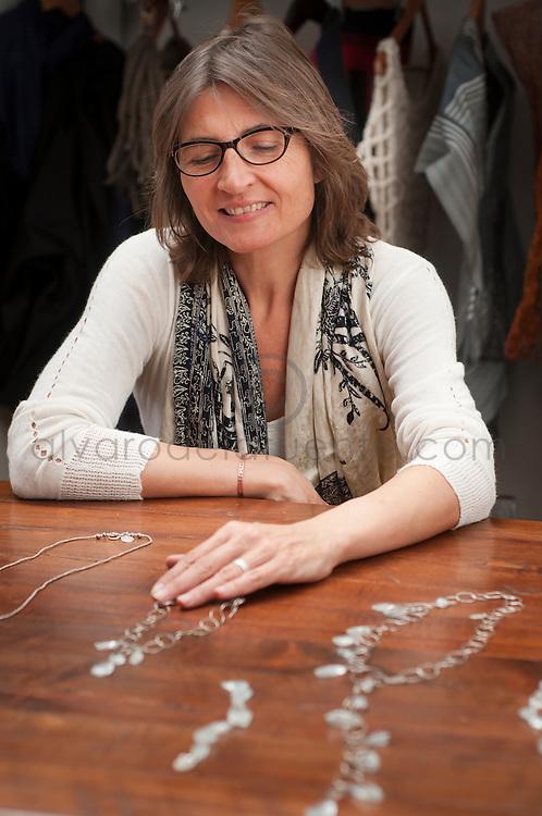 Chantal Bernsau, licenciada en Pedagogía en Francés, orfebre y diseñadora de joyas, es hoy reconocida como una de las pioneras de la Joyería Contemporánea en Chile. 15-11-2013 (©Alvaro de la Fuente/Triple.cl)