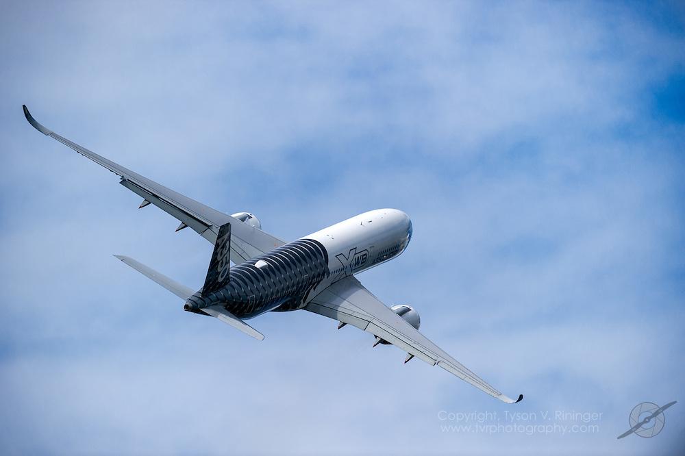 Airbus A350XWB Airliner