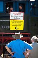 DEU, Germnay, Ruhr area, Bochum, railway museum in the district Dahlhausen, visitors are watching the locomotives...DEU, Deutschland, Ruhrgebiet, Eisenbahnmuseum im Stadtteil Dahlhausen, Besucher betrachten die Lokomotiven.