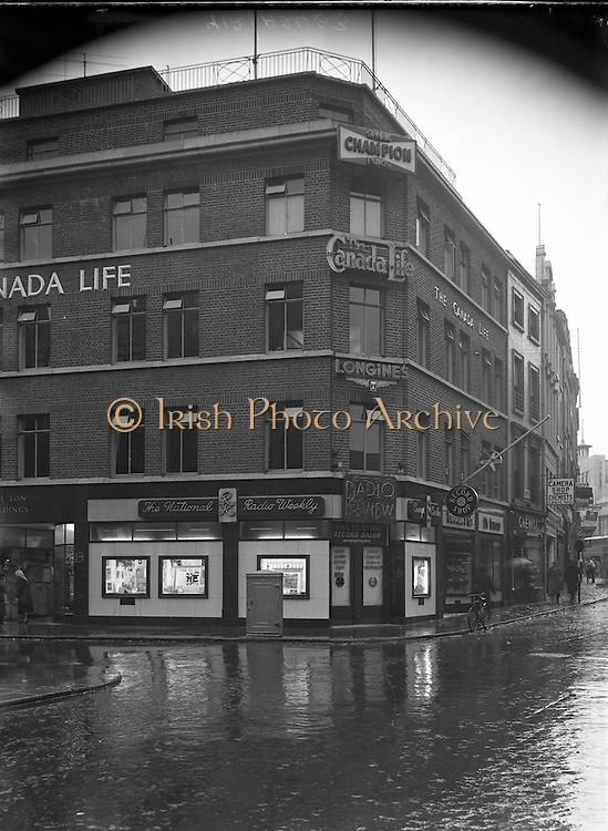 02/11/1955<br /> 11/02/1955<br /> 02 November 1955<br /> <br /> Radio Review Special - Shop and Offices at Grafton St.