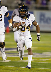 September 17, 2010; Reno, NV, USA; California Golden Bears running back Shane Vereen (34) runs with the ball during the first quarter against the Nevada Wolf Pack at Mackay Stadium. Nevada defeated California 52-31.