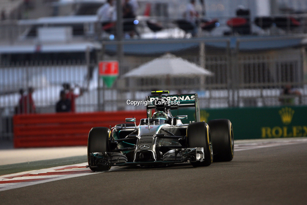 &copy; Photo4 / LaPresse<br /> 21/11/2014 Abu Dhabi, UAE<br /> Sport <br /> Grand Prix Formula One Abu Dhabi 2014<br /> In the pic: Nico Rosberg (GER), Mercedes AMG F1 W05