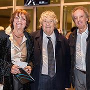 NLD/Amsterdam/20191114 - Prinses Beatrix en Prinses Margriet bij jubileum Dansersfonds, Tonny Eyk en partner Liesbeth Vasbinder en Hans van Wilgenburg