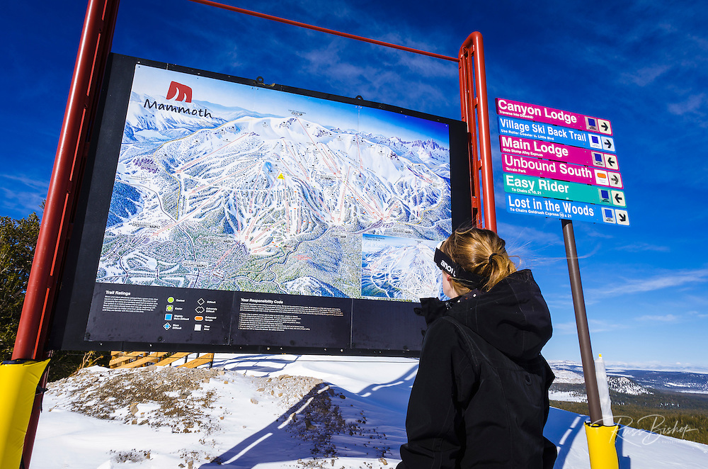 Snow boarder and Trail map, Mammoth Mountain Ski Area, Mammoth Lakes, California USA