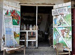 11-10-2008 REPORTAGE: KILIMANJARO CHALLENGE 2008: TANZANIA<br /> In de middag nog even tijd om naar Arusha, in omvang de zesde stad van Tanzania. De Kilimanjaro Challenge van de BvdGf.<br /> ©2008-WWW.FOTOHOOGENDOORN.NL
