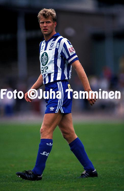 08.07.1993, Pallokentt?, Helsinki, Finland..Jalkapalloliiga / Finnish League, HJK Helsinki v FC Jazz Pori..Jari Europaeus - HJK.©Juha Tamminen