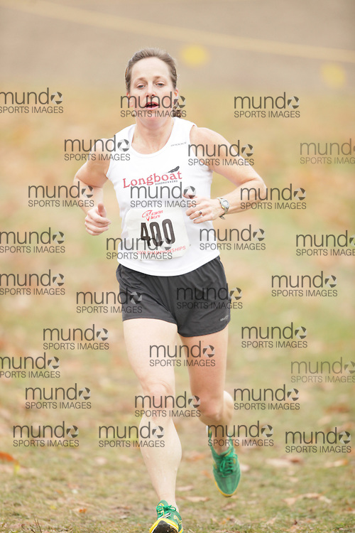 King City, Ontario ---09-11-15--- Lynn Bourque of the Longboat Roadrunners competes at the Athletics Ontario Cross Country Championships in King City, Ontario, November 16, 2009..GEOFF ROBINS Mundo Sport Images