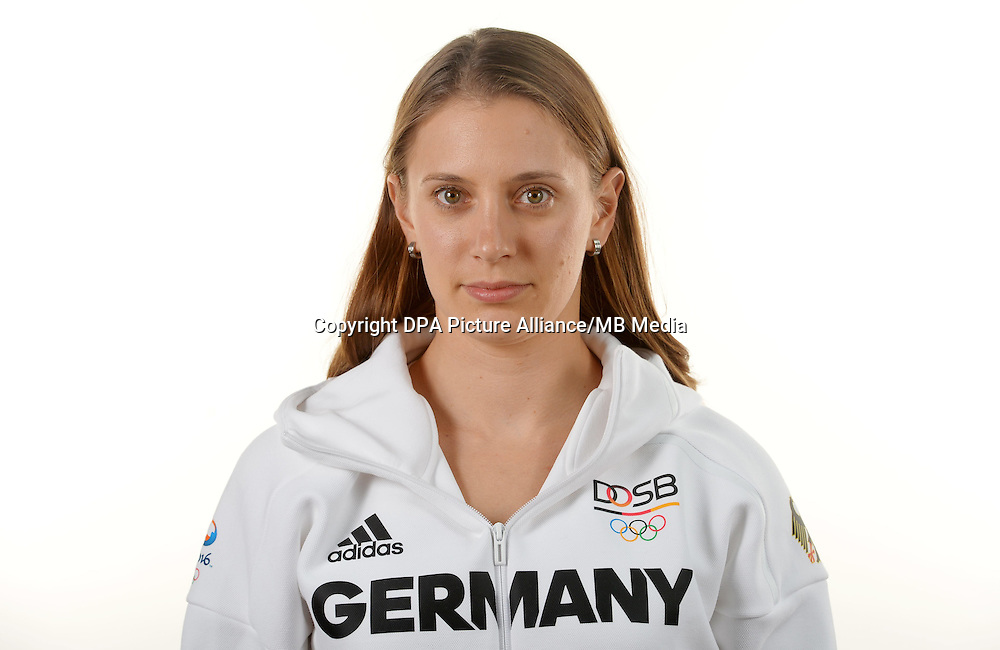Miriam Welte poses at a photocall during the preparations for the Olympic Games in Rio at the Emmich Cambrai Barracks in Hanover, Germany. July 06, 2016. Photo credit: Frank May/ picture alliance. | usage worldwide