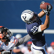 Grant Wallace, Yale, makes a pass reception during the Yale Vs Princeton, Ivy League College Football match at Yale Bowl, New Haven, Connecticut, USA. 15th November 2014. Photo Tim Clayton