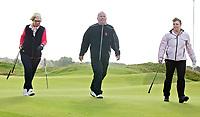 AMSTERDAM - Golfprofessional  Cees Renders van de NGF op pad met Margot Schellekens (rode trui) en Ilse Oltmann (rose jack) op de International.Golfbaan. De dames hadden een prijs gewonnen met NGF Fairwaystrokes. FOTO KOEN SUYK