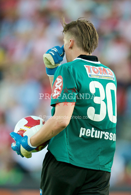 OSLO, NORWAY - Wednesday, August 5, 2009: FC Lyn Oslo's goalkeeper Arnar Darri Petursson, sporting an uusual hair style during a preseason match at the Bislett Stadion. (Pic by David Rawcliffe/Propaganda)