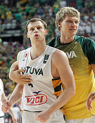 09.09.2014, City Arena, Barcelona, ESP, FIBA WM, Litauen vs Türkei, Viertelfinale, im Bild Lithuania's Martynas Pocius (l) and Mindaugas Kuzminskas celebrate the victory // during FIBA Basketball World Cup Spain 2014 quarterfinal match between Lithuania and Turkey at the City Arena in Barcelona, Spain on 2014/09/09. EXPA Pictures © 2014, PhotoCredit: EXPA/ Alterphotos/ Acero<br /> <br /> *****ATTENTION - OUT of ESP, SUI*****