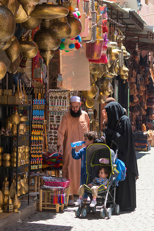 Africa, African, Northern Africa, Maghreb, Morocco, Marrakesh, Medina, women, people, street