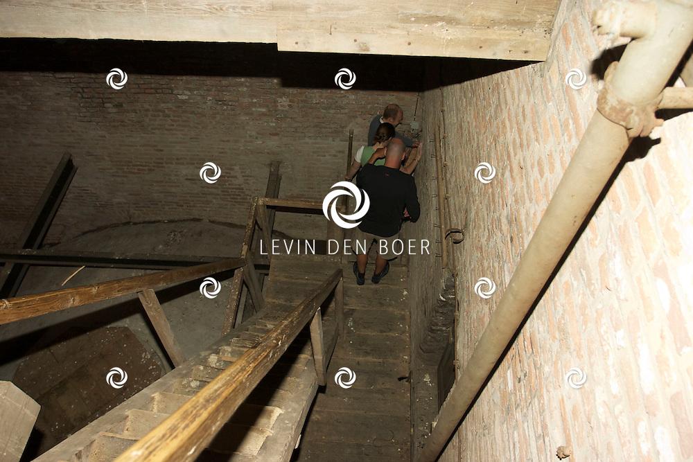 ZALTBOMMEL - Tijdens Open Monumentendag mocht je de Sint Maartenskerk beklimmen in Zaltbommel. FOTO LEVIN DEN BOER - PERSFOTO.NU