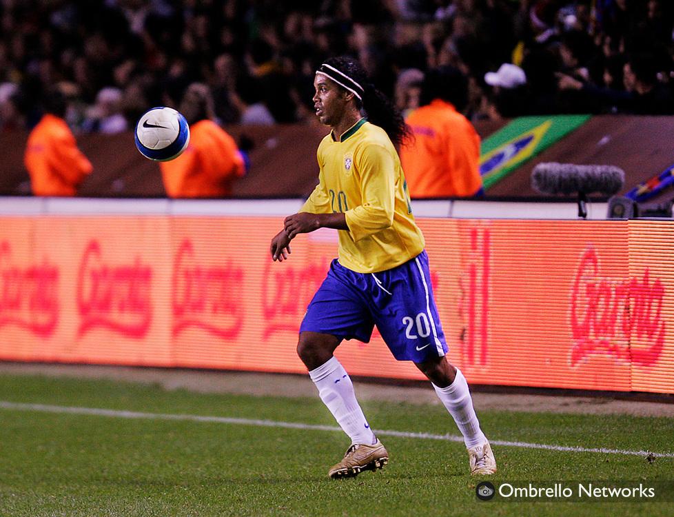 STOCKHOLM 061010<br /> FOTBOLL BRASILIEN ECUADOR<br /> I bild: Ronaldinho