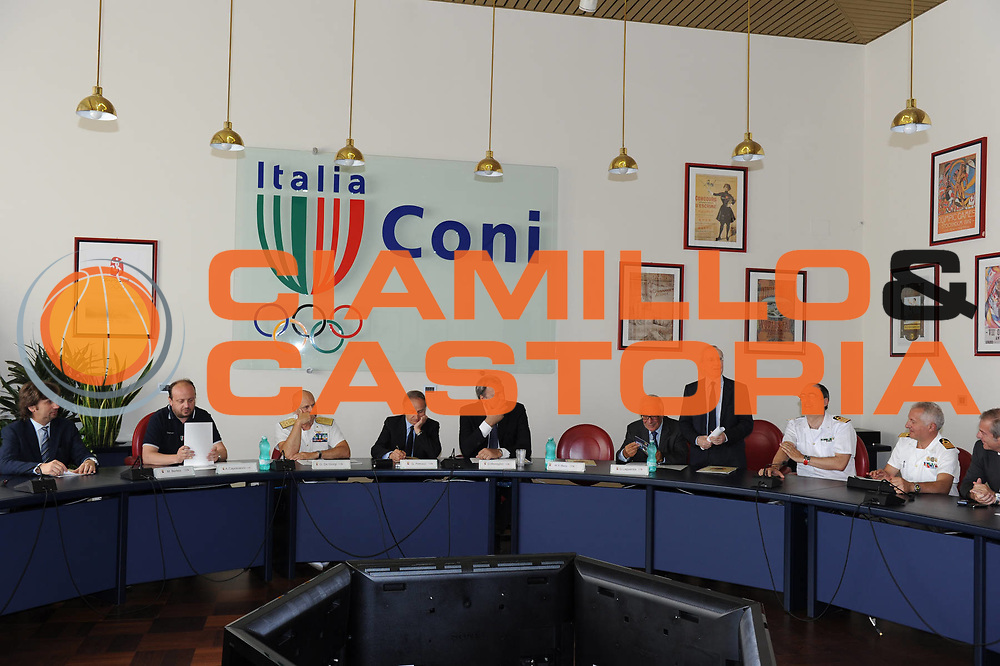DESCRIZIONE : Roma Coni Conferenza Stampa Nazionale Italia Under 18 Maschile Basket On Board sulla portaerei Cavour<br /> GIOCATORE : conferenza stampa<br /> CATEGORIA : curiosita ritratto<br /> SQUADRA : Fip <br /> EVENTO : Conferenza Stampa Nazionale Italia Under 18<br /> GARA : <br /> DATA : 09/07/2012 <br />  SPORT : Pallacanestro<br />  AUTORE : Agenzia Ciamillo-Castoria/GiulioCiamillo<br />  Galleria : FIP Nazionali 2012<br />  Fotonotizia : Roma Coni Conferenza Stampa Nazionale Italia Under 18 Maschile Basket On Board sulla portaerei Cavour<br />  Predefinita :