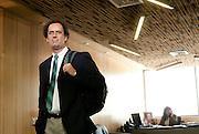 Juan Carlos De La Llera, Decano y Profesor de la Escuela de Ingeniería; Consejero de Escuela y .Profesor del Departamento de Ingeniería Estructural y Geotécnica; y Profesor Titular del Magister IEG de Ingeniería Estructural de la Facultad de Ingeniería.de la Pontificia Universidad Católica de Chile. Sus áreas de investigación actualmente cubren los siguientes tópicos: (i) aislamiento sísmico de sistemas elastoméricos, friccionales, e híbridos; (ii) control de la respuesta estructural mediante disipadores metálicos, friccionales, viscoelásticos y amortiguadores de masa; (iii) dinámica de sistemas con acoplamiento lateral-torsional; (iii) control semiactivo de vibraciones en estructuras; (iv) modelamiento de problemas con grandes deformaciones; (v) soluciones de bajo costo para aislamiento sísmico en vivienda social; y (vi) disipadores de energía para estructuras prefabricadas. Cuenta con numerosas publicaciones en revista indexadas de alto prestigio y financiamiento proveniente de investigaciones Fondecyt, Fondef, y otros fondos gubernamentales. El año 2003 recibió la distinción internacional John Munro de la revista Engineering Structures y el premio nacional Ramón Salas Edwards otorgado por el Instituto de Ingenieros de Chile.  Santiago, Chile. 24-01-2012 (©Alvaro de la Fuente/TRIPLE)
