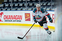 KELOWNA, CANADA - DECEMBER 27: Ted Brennan #10 of the Kelowna Rockets warms up against the Kamloops Blazers on December 27, 2017 at Prospera Place in Kelowna, British Columbia, Canada.  (Photo by Marissa Baecker/Shoot the Breeze)  *** Local Caption ***