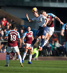 Harry Kane of Tottenham Hotspur (C) in action - Mandatory by-line: Jack Phillips/JMP - 23/02/2019 - FOOTBALL - Turf Moor - Burnley, England - Burnley v Tottenham Hotspur - English Premier League