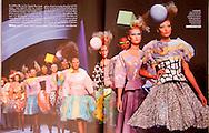 Dior Fashion Show - Paris Match July 2011-Double Page