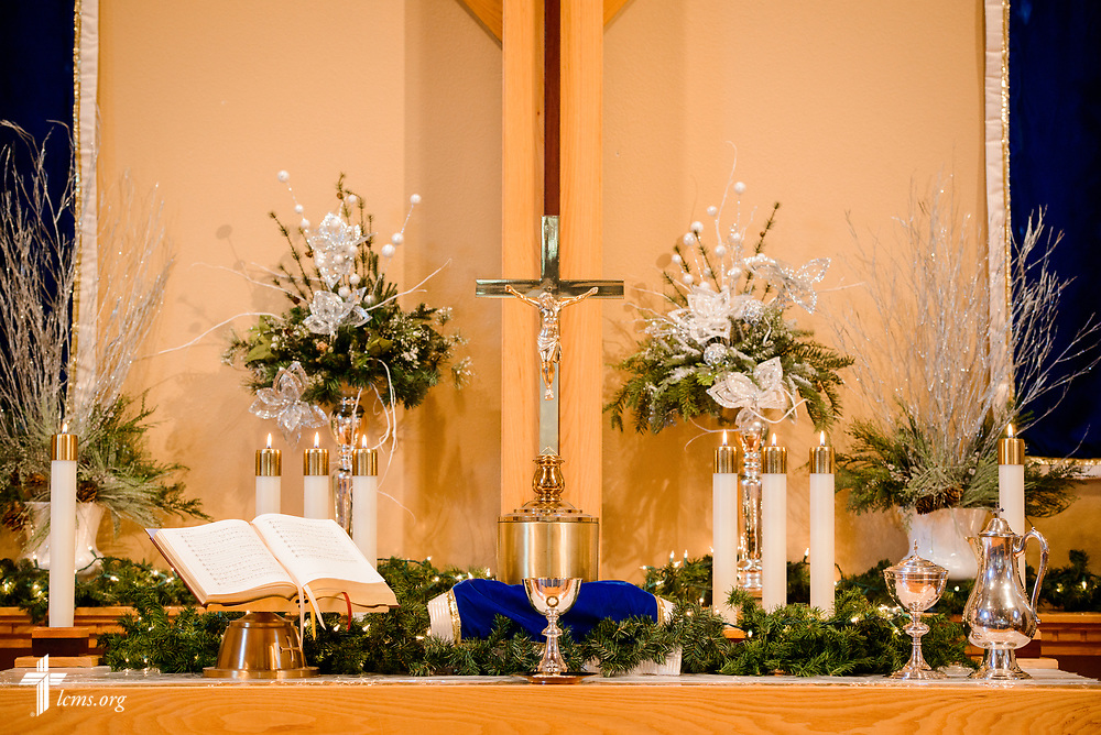The decorated altar at Zion Lutheran Church, Mascoutah, Ill., on Monday, Nov. 27, 2017. LCMS Communications/Erik M. Lunsford