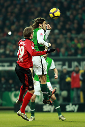 21.02.2010, Weserstadion, Bremen, GER,  1. FBL,  Werder Bremen vs Bayer 04 Leverkusen, im Bild Kopfballduell Torsten Frings (Werder #22) und Eren Derdiyok (Bayer 04 #19). EXPA Pictures © 2010, PhotoCredit: EXPA/ nordphoto/ Arend / for Slovenia SPORTIDA PHOTO AGENCY.